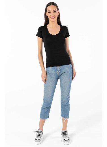 Tiffany&Tomato V Yaka Kısa Kollu T-Shirt Siyah